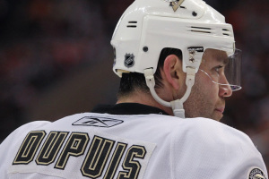 Pascal Dupuis #9 of the Pittsburgh Peguins while playing against