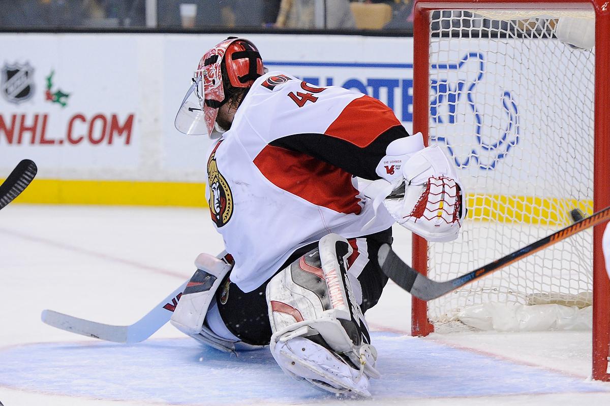 Dec 13, 2014; Boston Bruins left wing Loui Eriksson (21) scores on Ottawa Senators goalie Robin Lehner (40) during an NHL game in the TD Garden in Boston. (Photo: Brian Fluharty)