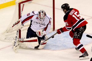 Holtby-Ruutu-anthony-Fiore-2014-12-20