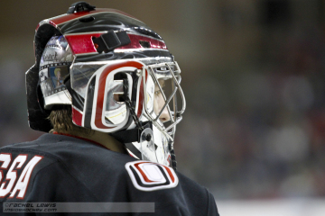 Ryan Massa (UNO - 31) is the winning goaltender against Miami.