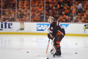 Ducks' starting goaltender Frederik Andersen (#31)