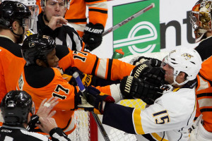 Wayne-Simmonds-Craig-Smith_1200x520_Bob-Fina
