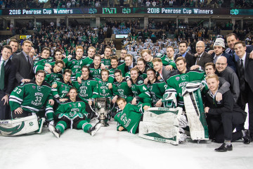 UND wins the 2015-16  Penrose Cup (Conor Knuteson/UND Athletics)