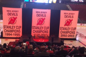 Devils fans gather announcement featuring Martin Brodeur.