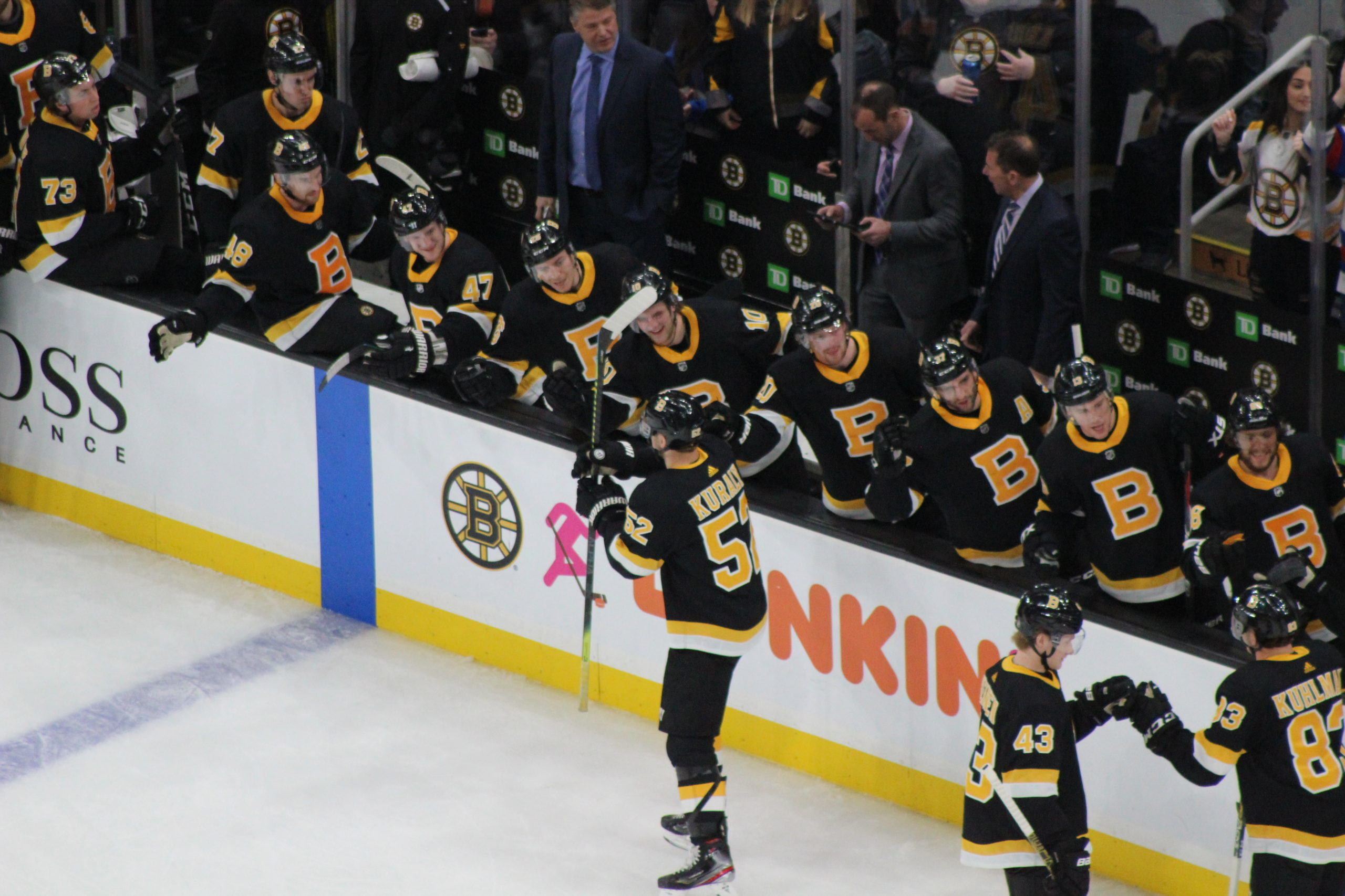 Bruins Beat Penguins 4-1